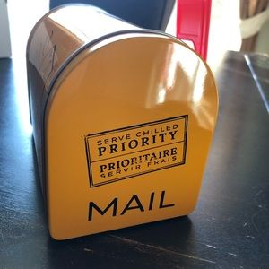 Other - VEUVE CLICQUOT YELLOW CHAMPAGNE Small mailbox